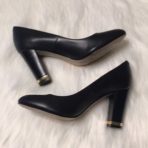 Isola black leather block heels Size 7 EUC